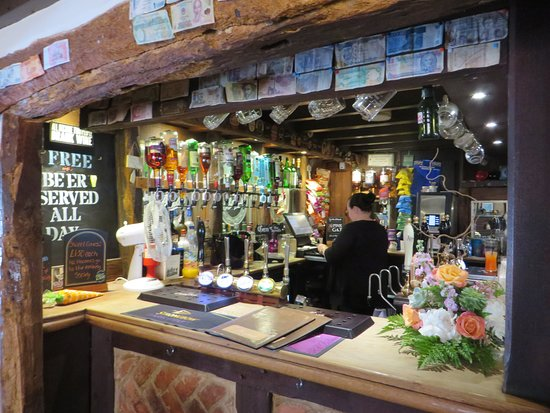 Diseworth, UK: traditional country pub