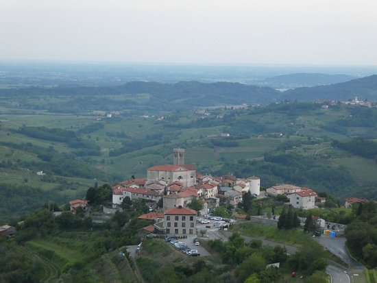 View of Šmartno village from Gonjace lookout tower.