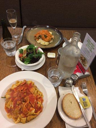 Ascot, Australia: Dinner