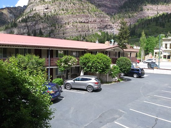 Ouray Chalet Inn: 20180524_151449_large.jpg