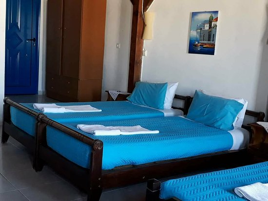 Hotel Mochlos: two bedroom apartment, penthouse, second room, single beds
