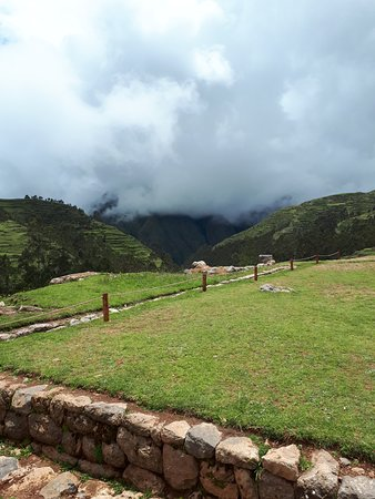 Complejo Arqueologico Chinchero: Panorama do sítio