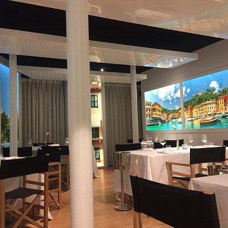 Ristorante portofino ristorante enoteca cantu in como con for Enoteca con cucina di pesce milano