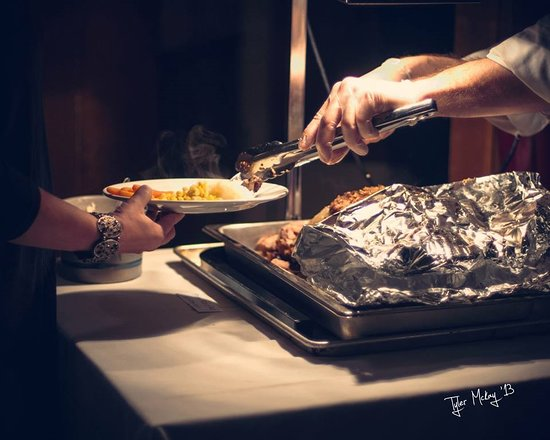 Tavistock, Canada: Prime Rib carved at the buffet - Special Occasions