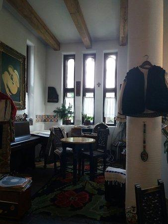 La Conac: Traditional Romanian Restaurant