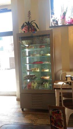 Misticanza, Pastry & Bakery: Frigo dolci