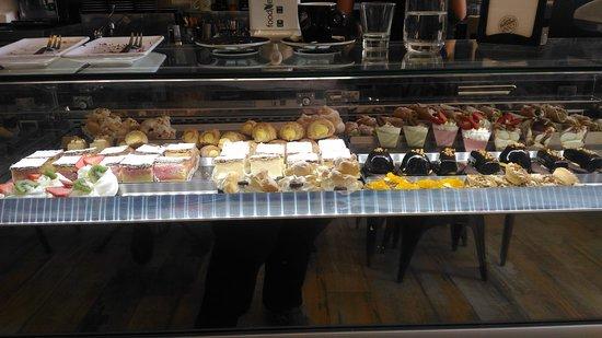 Misticanza, Pastry & Bakery: bancone2