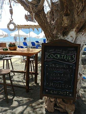 Lambros Taverna Cafe & Apts: Lambros Taverna & Apts