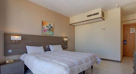 โรงแรมพรีเมอร่า: refurbished room pic 2