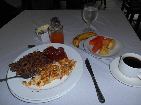 Occidental Tamarindo: Hearty Breakfasts