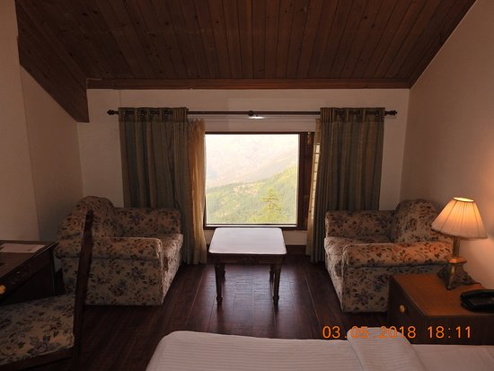 Club Mahindra Mashobra: Spacious room with Valley view