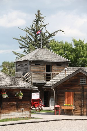Fort Macleod, Canada: Inside the compound of the NWMP Fort Museum