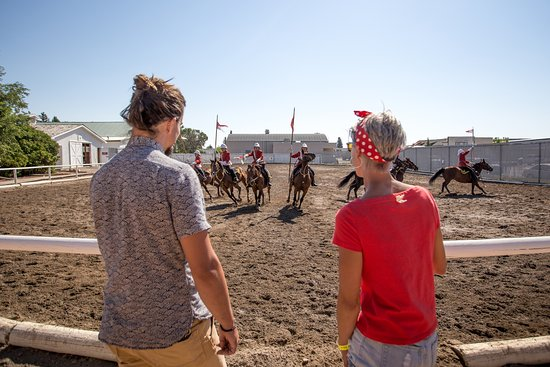 Fort Macleod, Canada: Come see the only on-site NWMP Musical Ride in Canada!