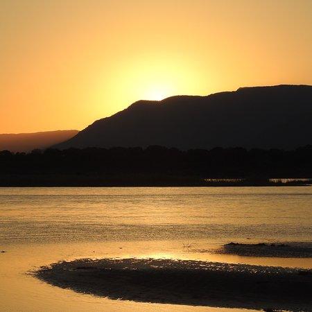Mana Pools National Park, Zimbabwe: photo2.jpg
