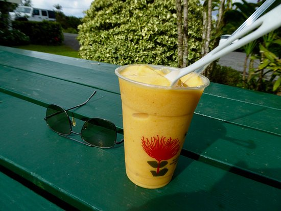 Pepeekeo, HI: smoothie served in a biodegradable corn-based cup