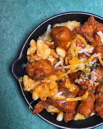Duke's: Buffalo Chicken Mac & Cheese