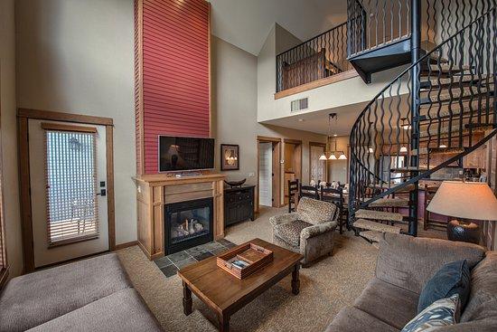 Silver Mountain Resort Lodging: Loft Suite