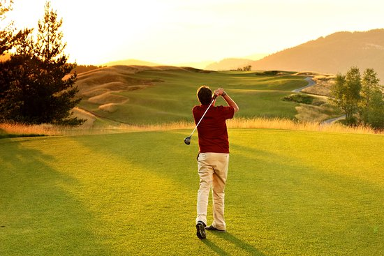 Silver Mountain Resort Lodging: Golf Course