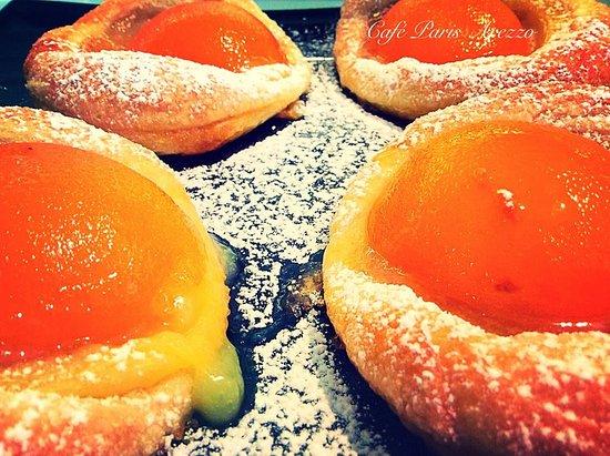Hotel L'Aretino: Colazioni a buffet da pasticceria interna Cafe Paris Arezzo, prenota con lo sconto x tel 0575294