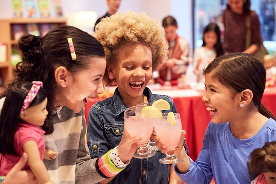 American Girl Place New York: Let her have a day with her besties