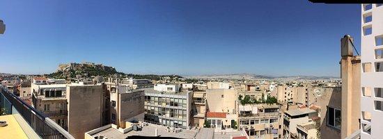 Athens Cypria Hotel: Balkonblick