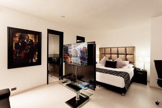 Hotel Porton Medellin: Habitación Junior Suite Clásica