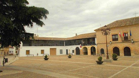 Castilla-La Mancha, España: Plaza de la Villa. Ayuntamiento.