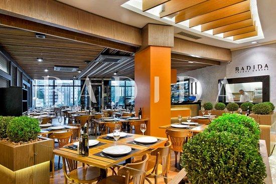 Excelente Restaurante Badida Barigui