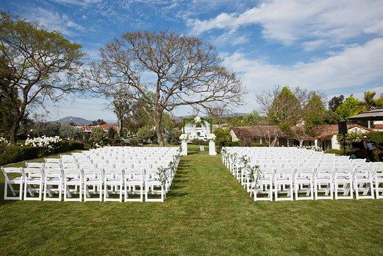 Rancho Santa Fe, Kalifornien: Wedding Ceremony Set-Up