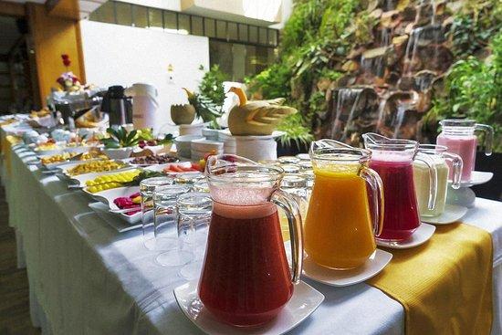 Hotel Continental: Desayuno buffete