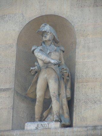 La Statue de Jean-Andoche Junot