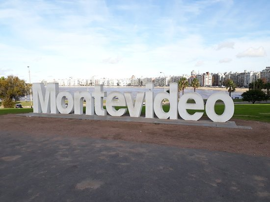 Montevideo Sign ภาพถ่าย