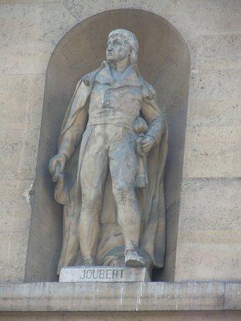 La Statue de Joseph Antoine Rene Joubert