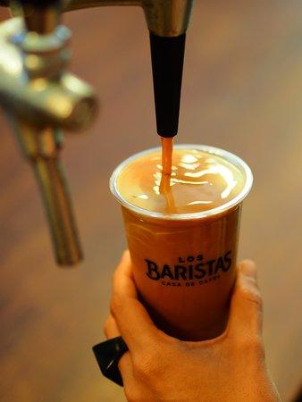 Los Baristas . Casa de Cafés: Cold Brew Nitro