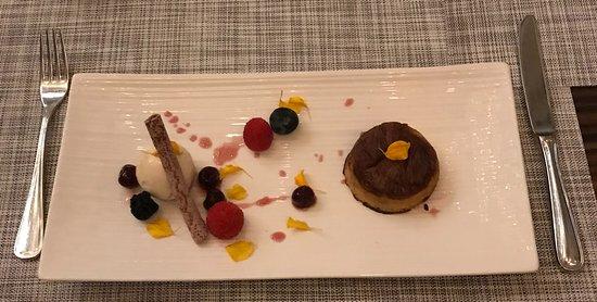 """Brasserie Les Saveurs : """"piña colada dessert"""" (coconut parfait, and pineapple with rum tart)"""