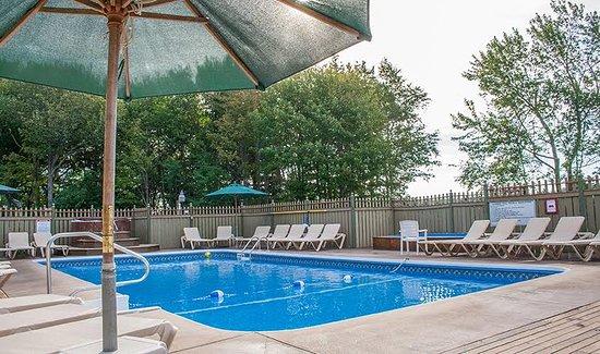 Pool - Picture of Cavendish Maples Cottages - Tripadvisor