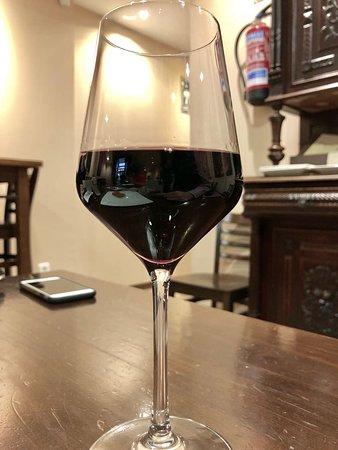Taberna Romero: Vino Rioja