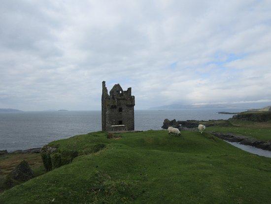Isle of Kerrera: Castle