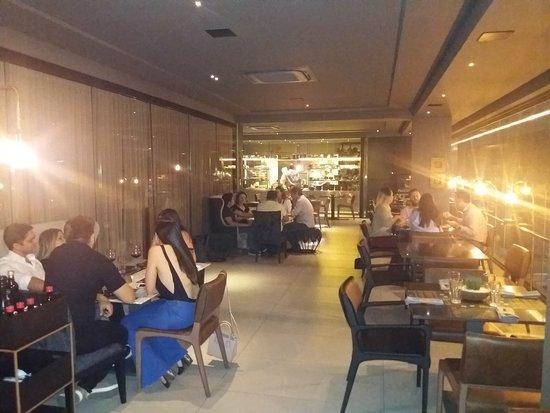 Cozinha Roccia & Bar: Ambiente