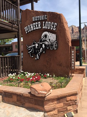 Historic Pioneer Lodge Photo