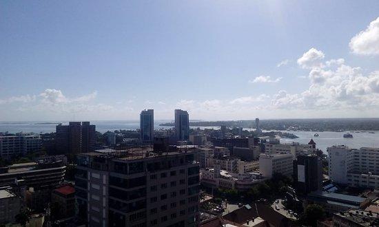 Golden Tulip Dar City Center: Five of the Indian Ocean from the top floor reception.