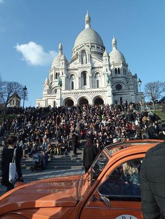 Βασιλική της Ιερής Καρδιάς της Μονμάρτης: Possibly the best view of Paris, a must if you want to take some great pictures overlooking Pari