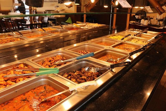Norristown, Pensilvania: All Lunches are Buffet. Dinner Ala Carte Menu.