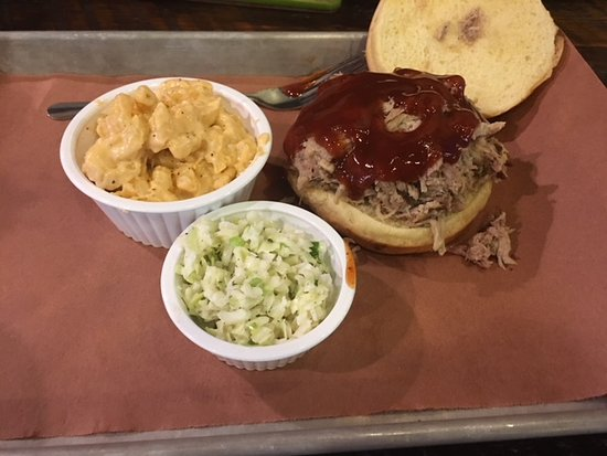 Sauceman's: Pork Sandwich, mac and cheese and slaw