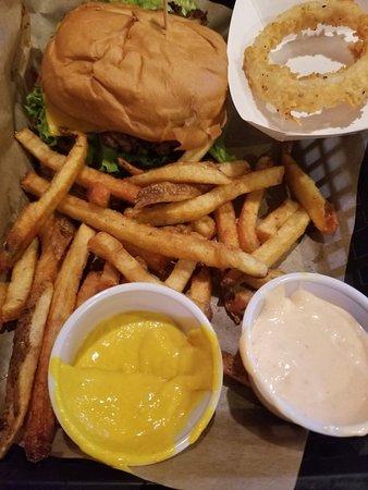 Hudson Oaks, TX: Big Burger