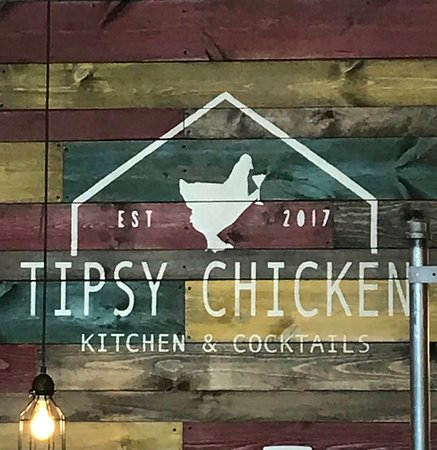 ‪‪Elk River‬, ‪Minnesota‬: Tipsy chicken sign‬