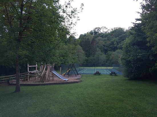 Flear Farm Cottages: Outdoor playground