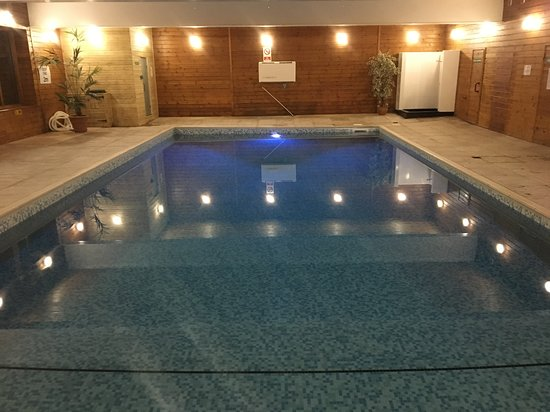 Flear Farm Cottages: Lovely pool