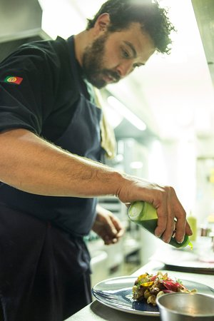 Vovo Joaquina: The Chef and his details