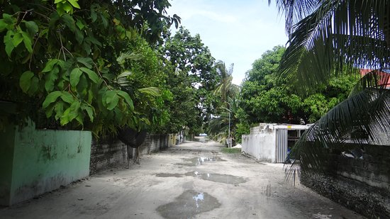 Paguro Beach Inn: Ukulhas - city